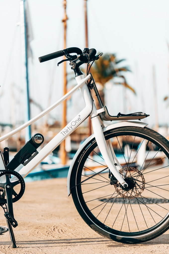 thirtyone le 1er v lo hybrid the first hybrid ebike by christophe baeza kickstarter. Black Bedroom Furniture Sets. Home Design Ideas