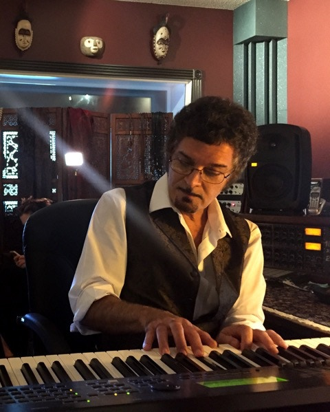Gino Vannelli working in the studio during our 2016 masterclass