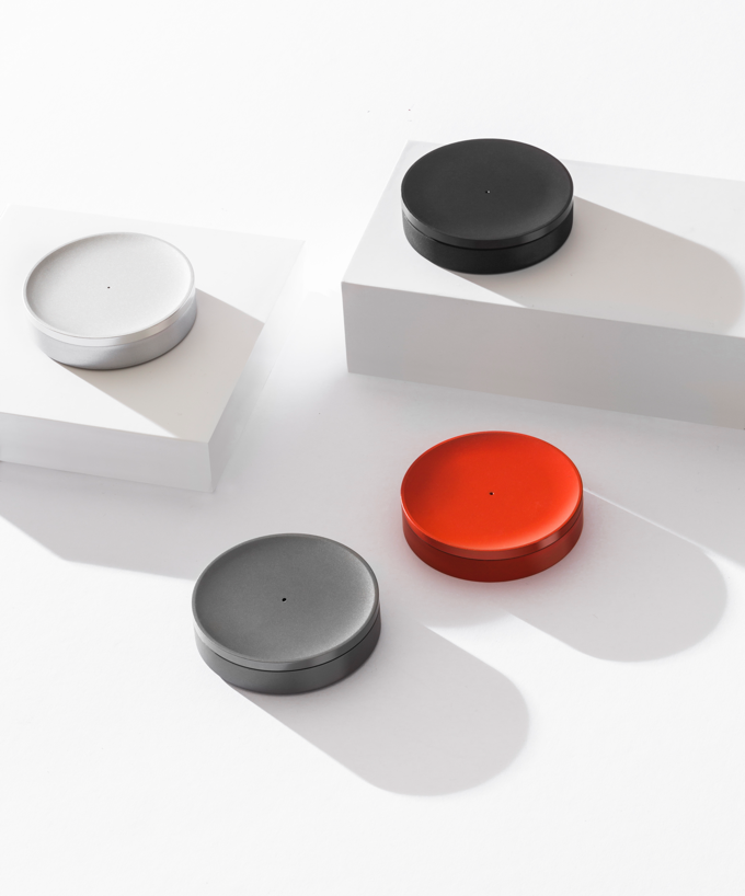 Tiller A Minimal And Seamless Device For Tracking Your