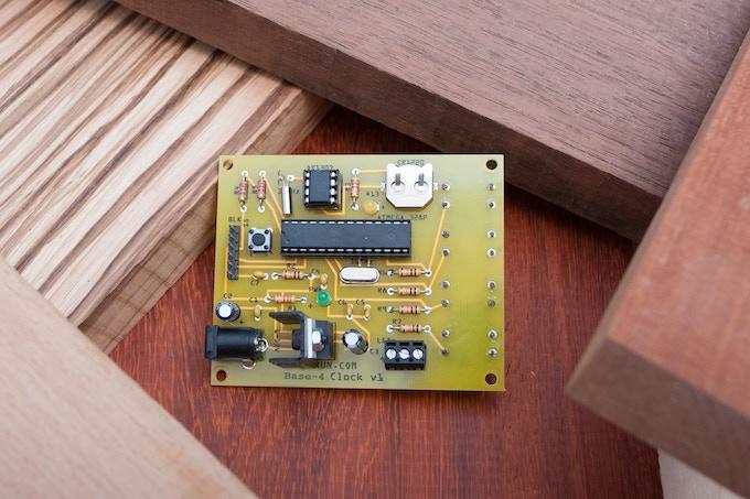 Base4 Clock Circuit Board