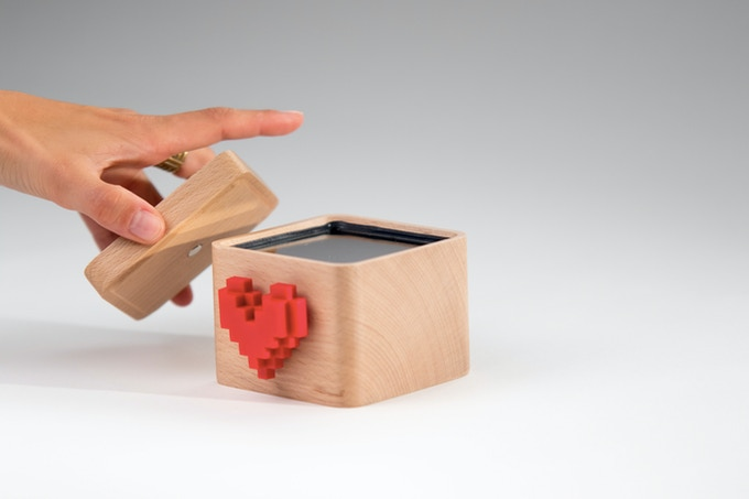 Opening the Lovebox will display your love note.