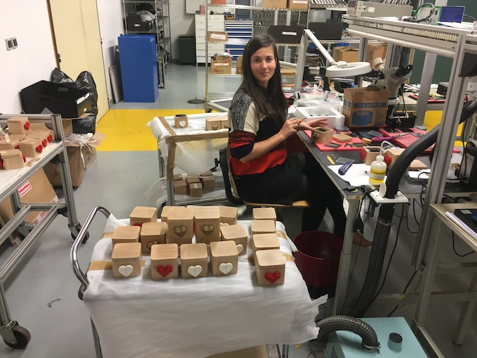 Last year, Melodie (Jean's fiancé) helped us manufacture Loveboxes for Christmas. This year, we are well prepared, but promise to still have Loveboxes made by your Muse, Melodie!