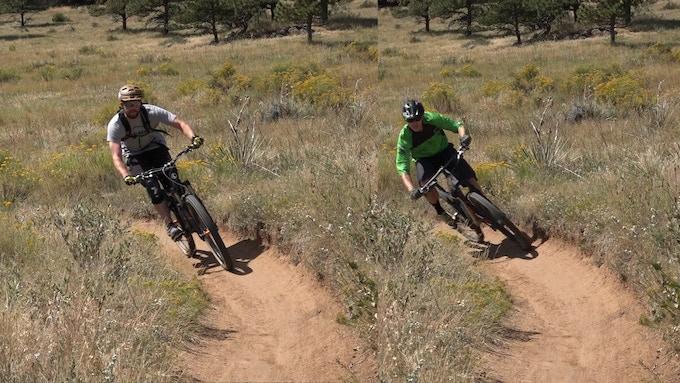 Average rider's corner vs. aggressively leaning bike