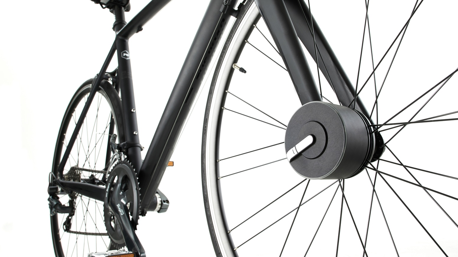 Bisecu reinvents smart bike lock. It's the first fully automated smart bike lock with riding data analysis.