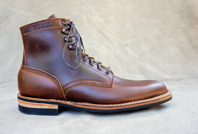 M&R Field Boot - Horween Cinnamon Waxed Flesh with Dainite Sole
