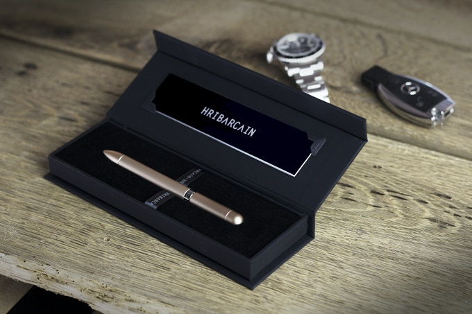 Each MAGNO-INK comes in our beautiful custom presentation case. Even our packaging is magnetic!