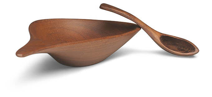"Emil Milan, ""Salt Bowl and Spoon."" Lapacho. 1 x 5 1/2 x 3 in. Collection of Norm Sartorius and Diane Bosley. Photo: John Carlano"
