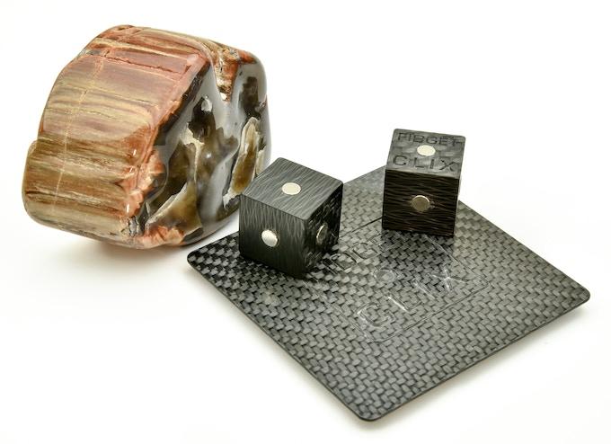 FIDGET CLIX - Carbon Prototype with Logo