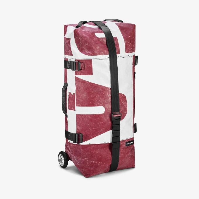 PLANZER EDITION ZIPPELIN | €450 (all gone): You will be one of max. 25 backers to get your ZIPPELIN made from tarp from the Swiss trucking company PLANZER. Their red and white color combination has become something like our signature tarp.