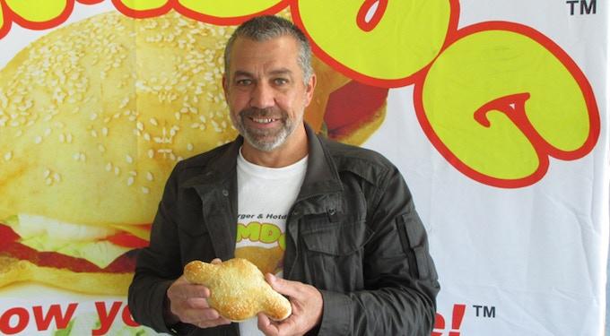 Creator, Mark Murray with the patented Hamdog™ bun.