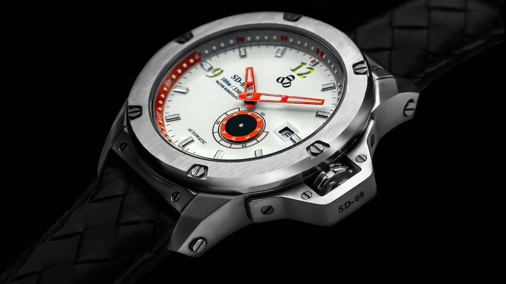 SD-09™ UFO Spacecraft Timepiece