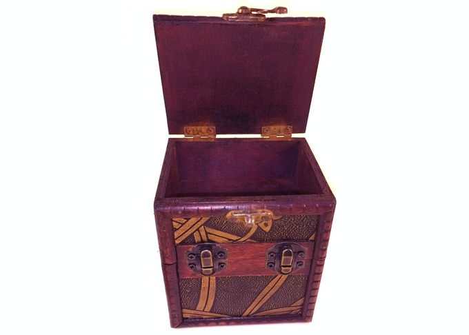 Limited Edition Wood - VINES - Box