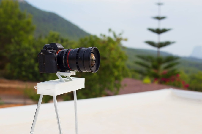The Most Portable Tripod ever created for Phone/DSLR/GoPro ...