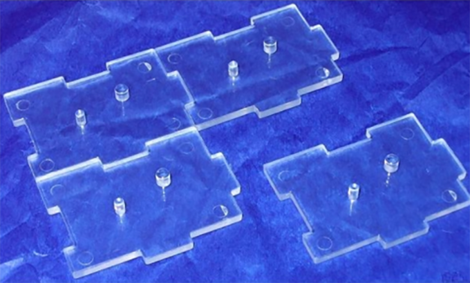 A set of 10 clear IDS Action Figure Stands, perfect to pose your figures for the game