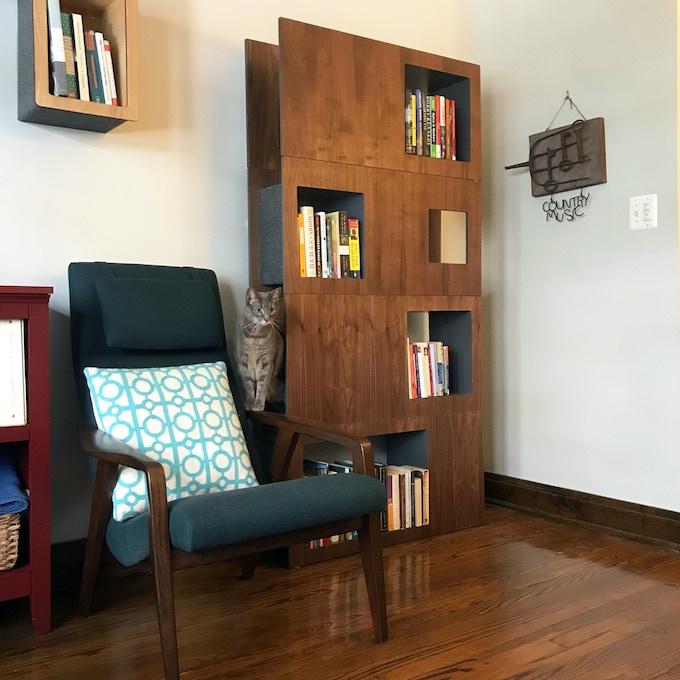Walnut Finish Cat Case