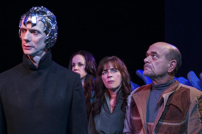 Doug Jones, Jelena Mrdja, Mira Furlan, and Robert Picardo, on the set of Space Command