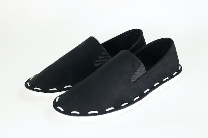 スリップオン-ブラック