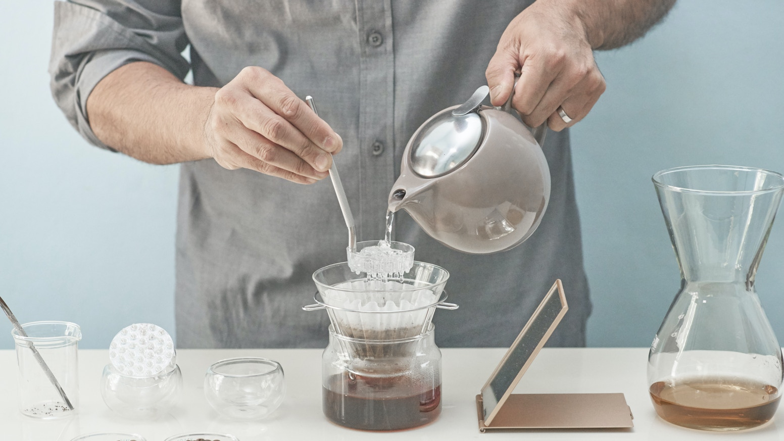 The only tool that produces unparalleled flavor clarity for pour over coffee.  Precision pour control for any kettle, any dripper.