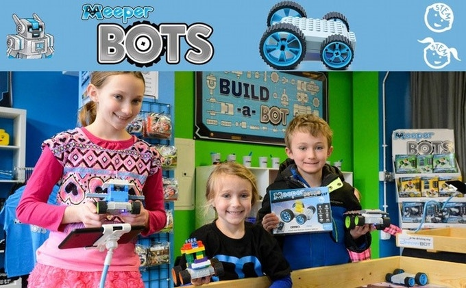 Showing off Incredible meeperBOTS!