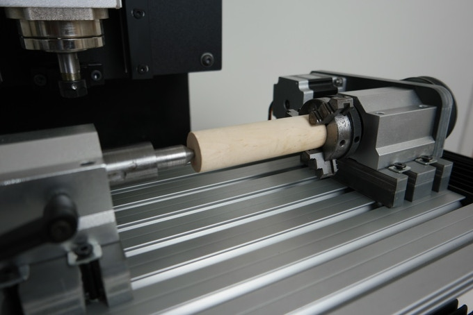 Lathe mounted onto Routakit M Pro