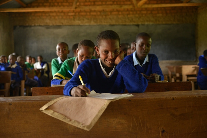 Primary school education and vocational training is vital for young people to take charge of their lives (©HELVETAS Swiss Intercooperation, Christian Bobst).