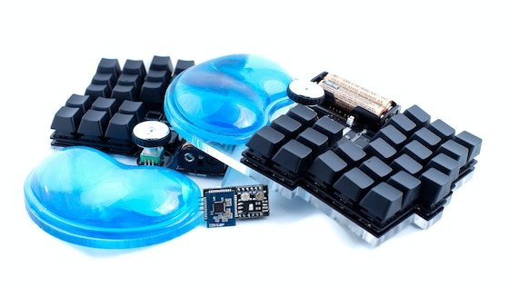 Dichotomy Keyboard and Mouse