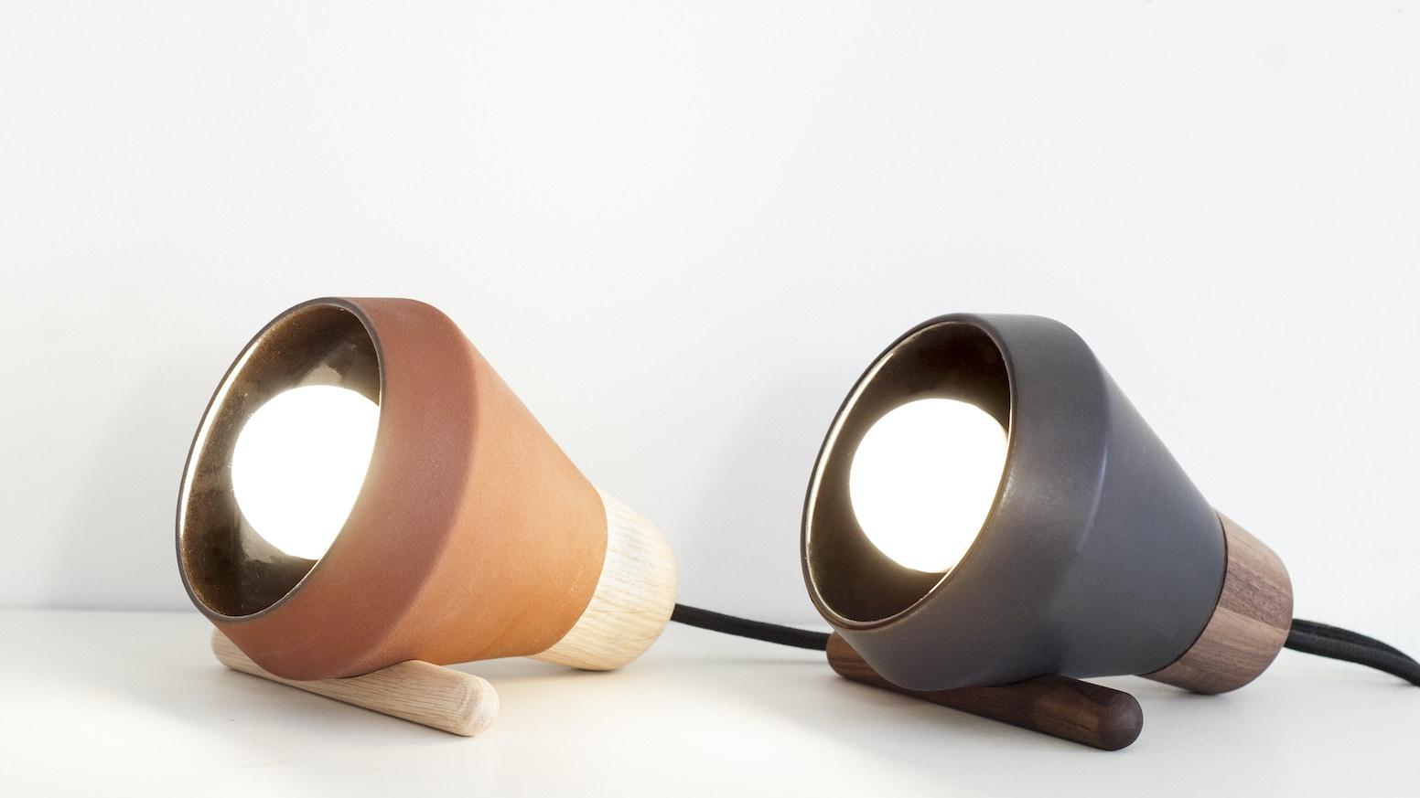 Special edition table lamp for Mexico Creates in collaboration with Galeria Mexicana de Diseño. / Lampara de mesa edición especial