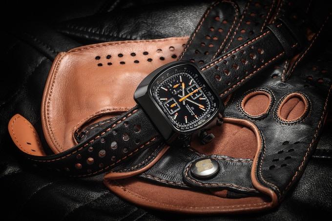 Polished case Quartz Version E all black