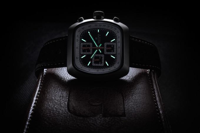 Matte case Quartz Version B black