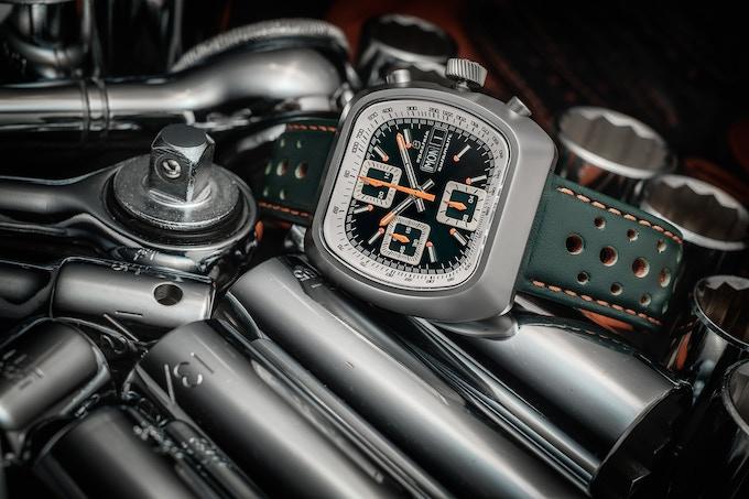 Matte case Automatic Version C green