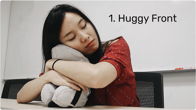 huggy front