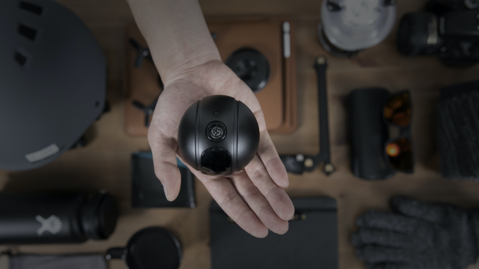 PITTA - Transformative Autonomous 4K Selfie Drone by EYEDEA