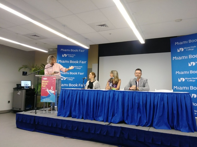 CuentoManía about to start at the Miami Book Fair