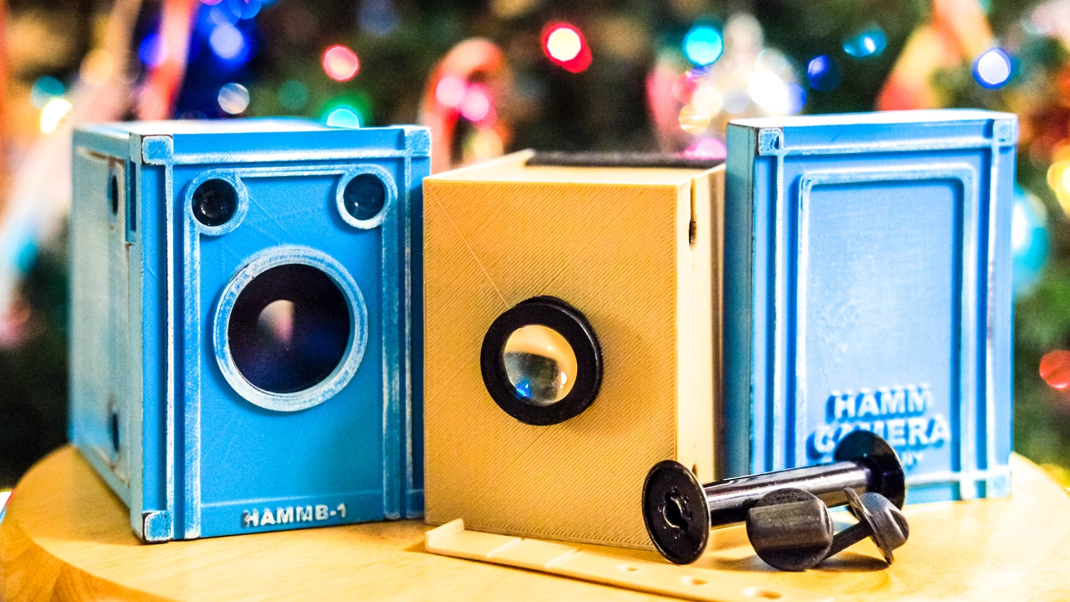 Enjoy street & portrait photography like never before with the NuBox 1. Our interchangeable lens, wide aperture, 120 film box camera!