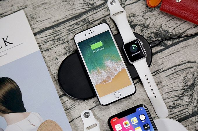 Funxim: Affordable Fast Wireless Charging Pad For Apple Fans