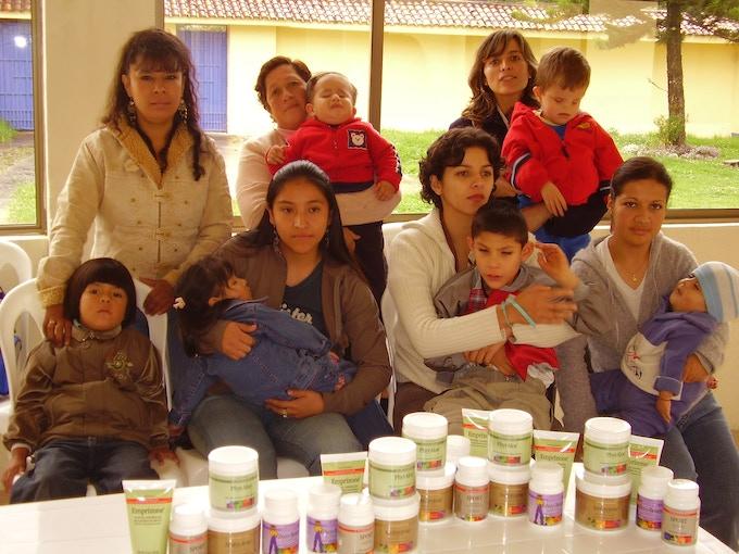 FAICE - Campaign Donation of essential nutrients by MannaRelief // Campaña Donación de nutrientes esenciales por parte de MannaRelief