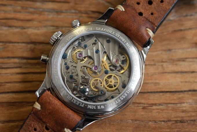 See-through caseback (courtesy of Monochrome-Watches)