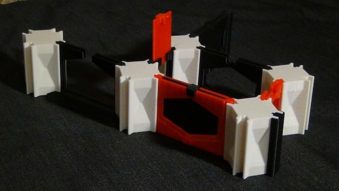 Contains: 1sq Door and Windowed Wall + 2sq Door and Windowed Walls + Pillar Cap