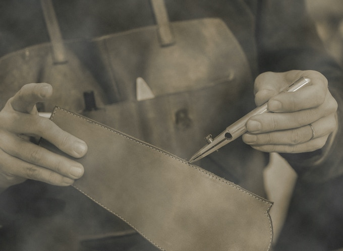 Italian leather crafter