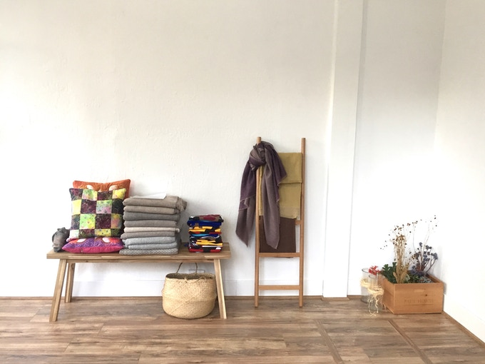Showroom: Resa blankets/scarfs, Bali Batik, and Ives Appolinaire Designs
