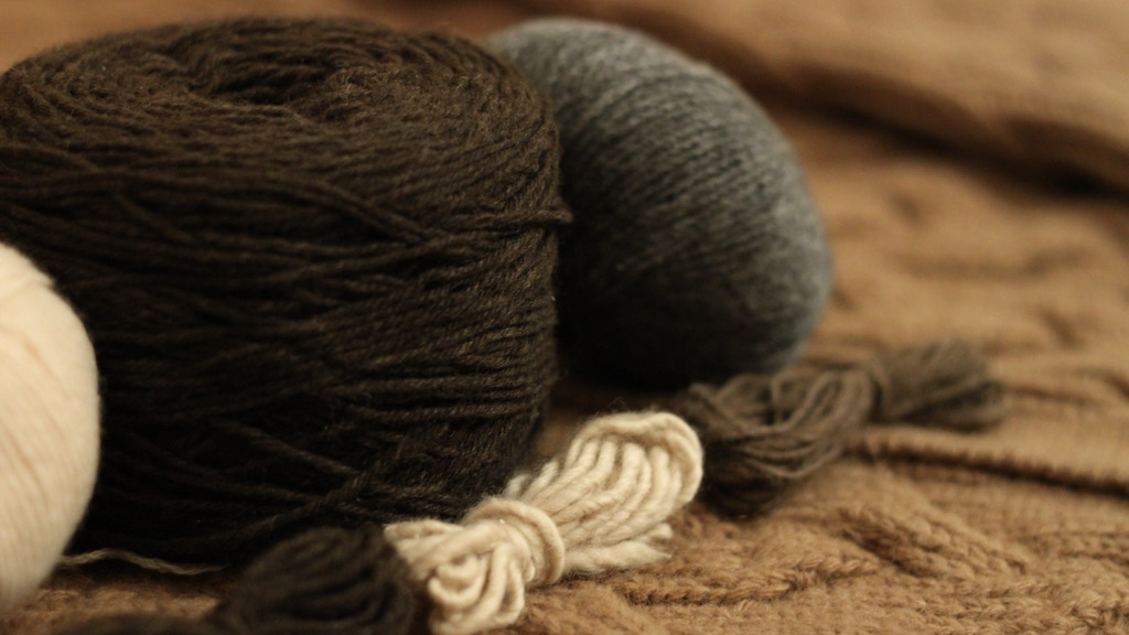 ULA+LIA: Mongolian Yak Down, Cashmere, and Camel Wool Yarn project video thumbnail