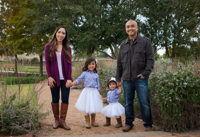 Pocket Flosser inventor Carlo Ricafort with wife Dolly, and daughters Lexi and MacKenzie.