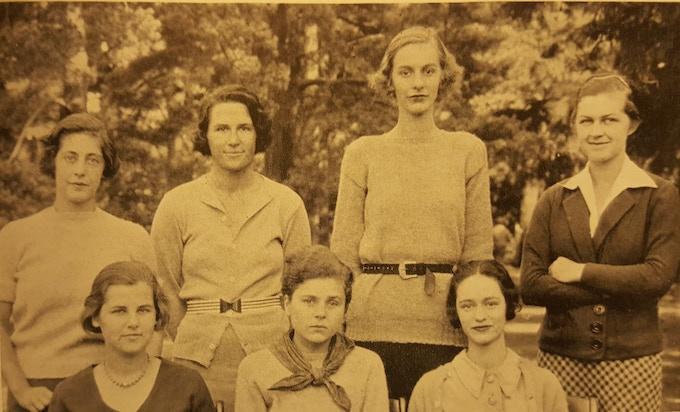Elizabeth Bishop (bottom center) and Margaret Miller (bottom right) in the 1934 Vassarion.
