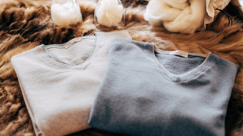 The World's Finest 100% Cashmere Sweater by Pantera Bianca