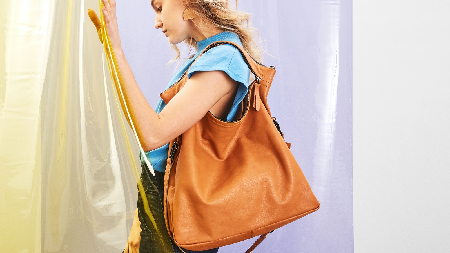 High Quality Leather Handbags That Transform Into Multiple Shapes According To Your Needs