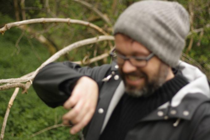 Scott prepping Nettle leaf at Roslin Glen