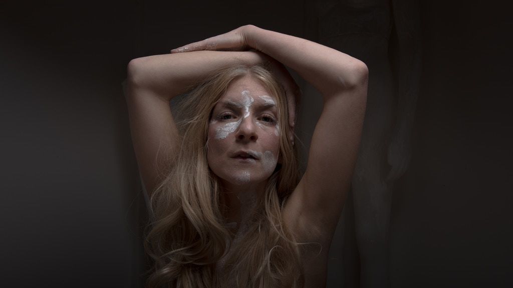 bring the audiovisual artist ionnalee, creator and front person of the online phenomenon iamamiwhoami on a 2018 world tour