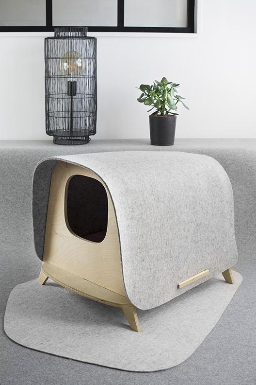 Plus besoin de cacher sa maison de toilette dans une autre pièce : le WOOL LODGE est un véritable objet décoratif qui se fond dans votre univers