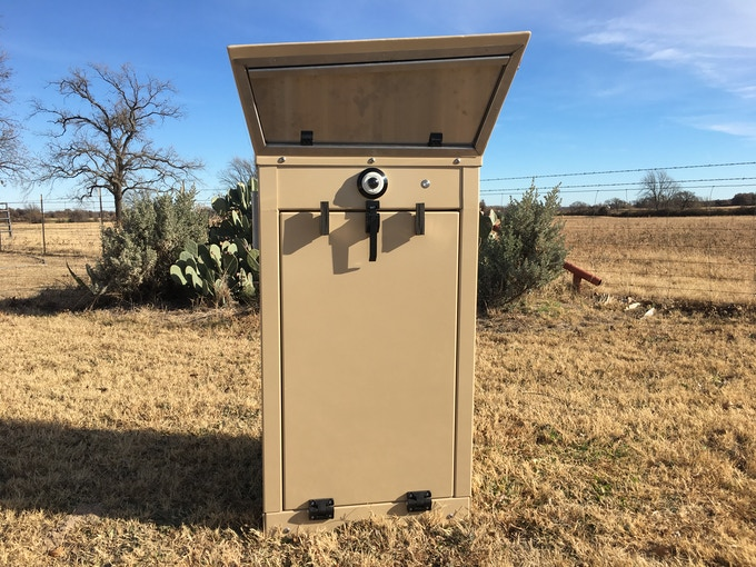 Just as an elite soldier wears a beret so does the Mailbox Sentinel. We designed the top portion of the MBS to symbolize security and strength and made certain that it would direct rainwater away from all openings.