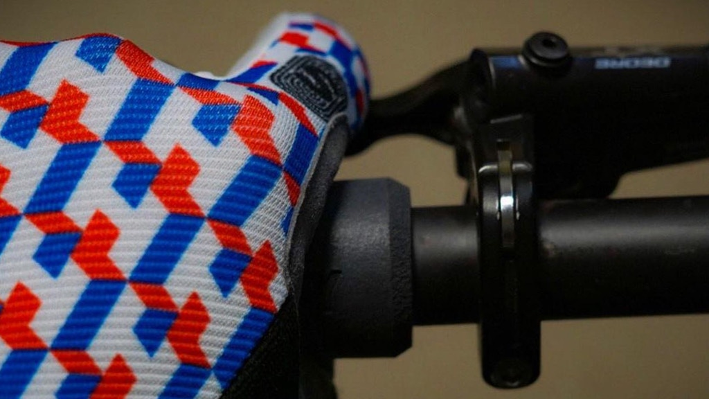 Handske Cycling Gloves project video thumbnail